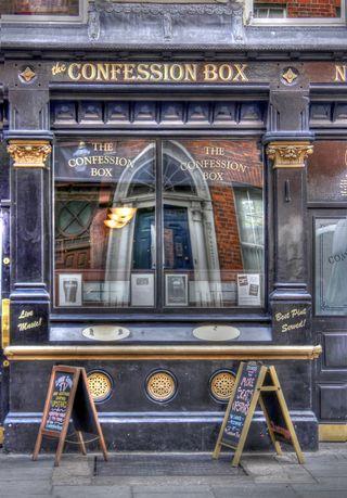 Confession pub