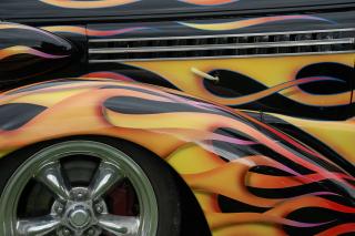 Car-flames-55592_1280